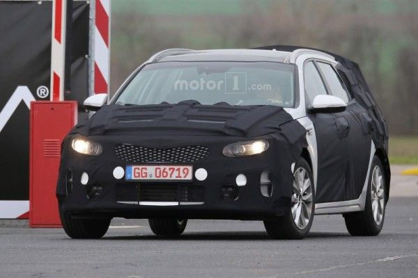 kia-optima-sw-spy-photo (1)